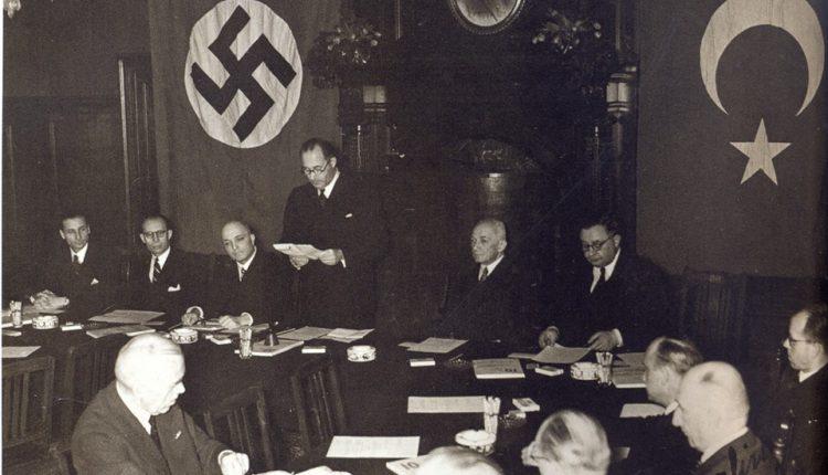 Hazal Yalın: Karadeniz'de Sovyetlere karşı Nazi (Alman) donanması